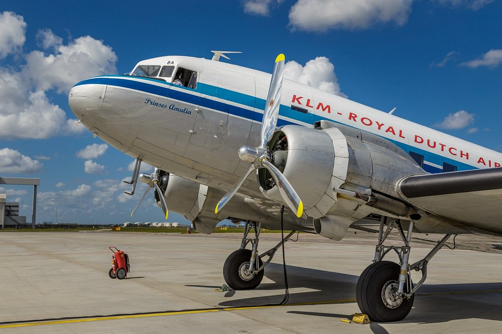 DC-3 Scenic Flight